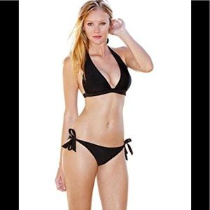 🌸 Ingear simple tie up sides black bikini S
